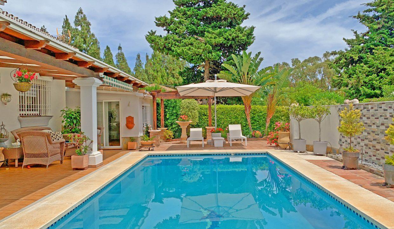 villa for sale in El Chaparralll