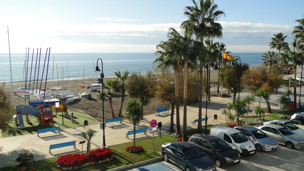 beachfront apartment la cala 1