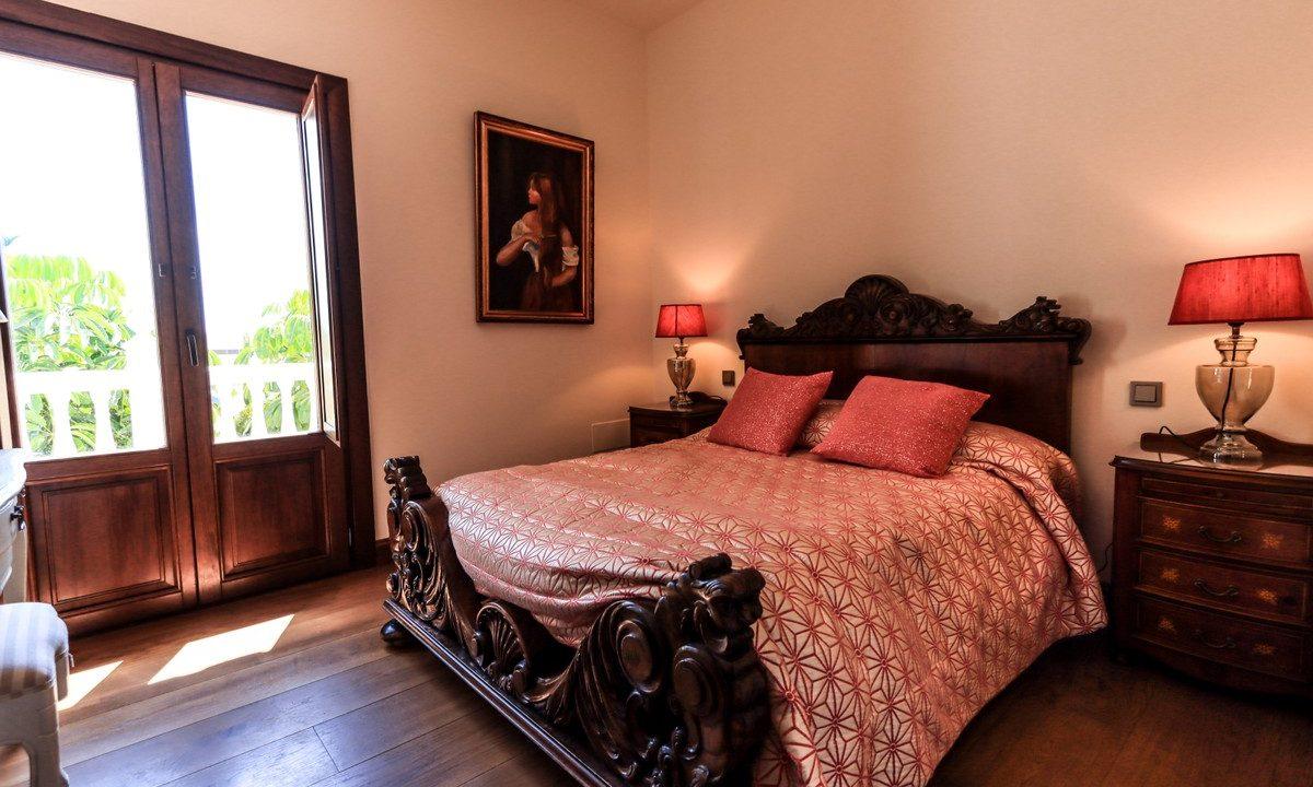 best villas for sale in la cala 16