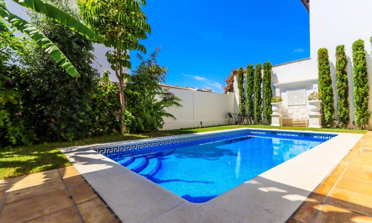 best villas for sale in la cala 18