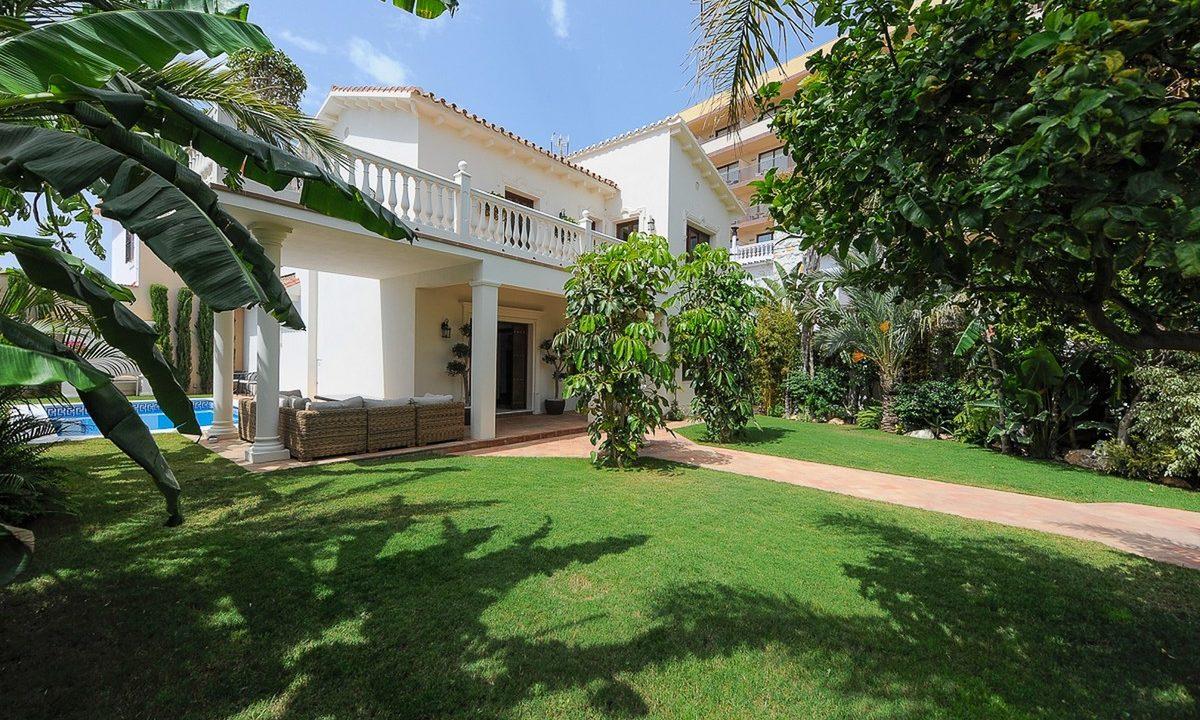 best villas for sale in la cala 2