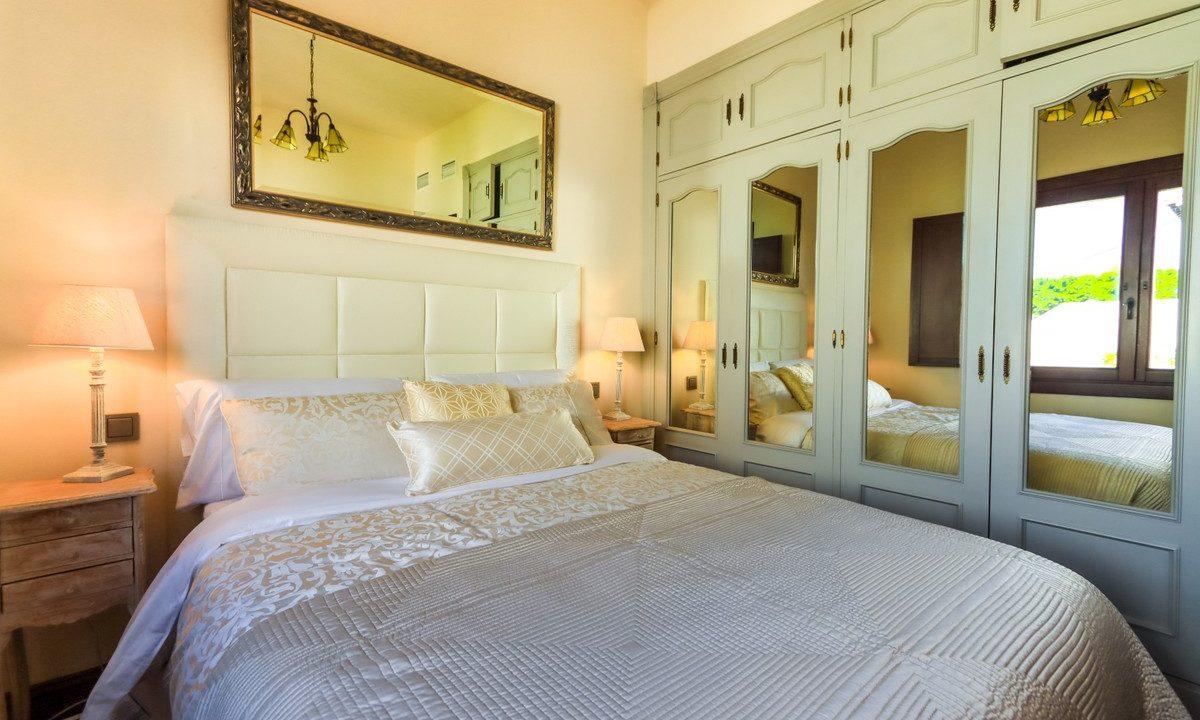 best villas for sale in la cala 20