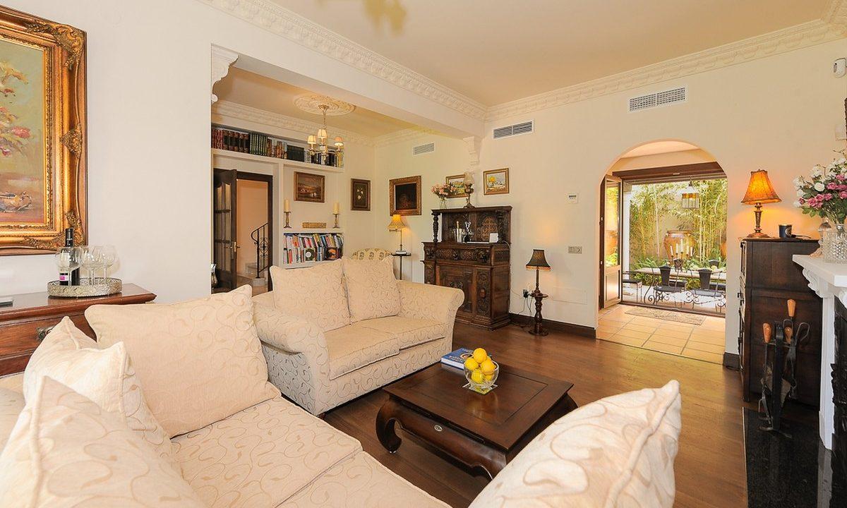 best villas for sale in la cala 4