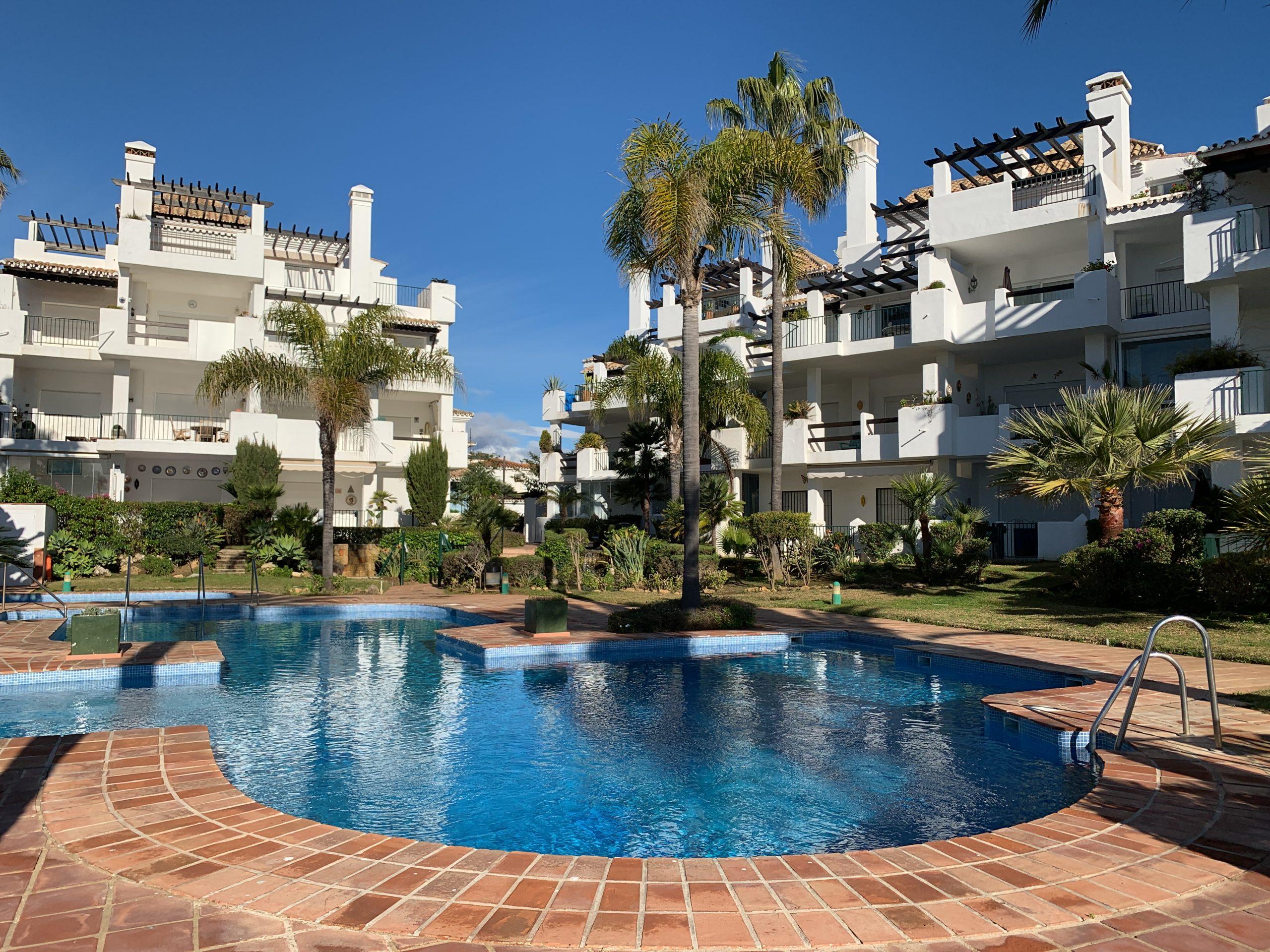 Arruzafa Playa Beachfront Apartment Mijas