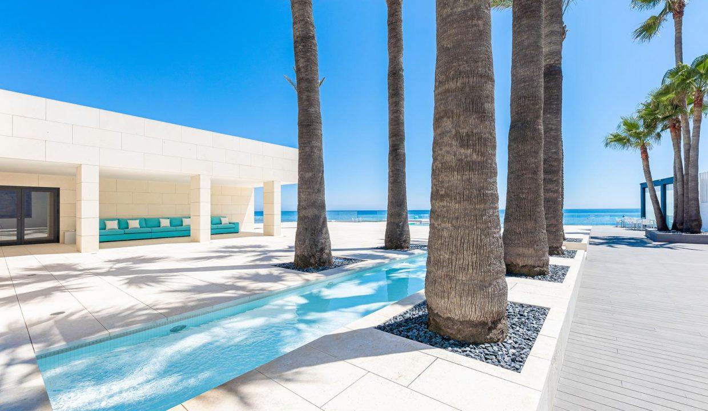 Beachfront Contemporary Villa in Mijas Costa 2