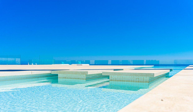 Beachfront Contemporary Villa in Mijas Costa 27