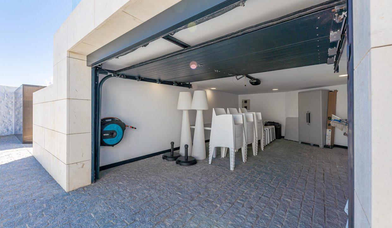 Beachfront Contemporary Villa in Mijas Costa 29
