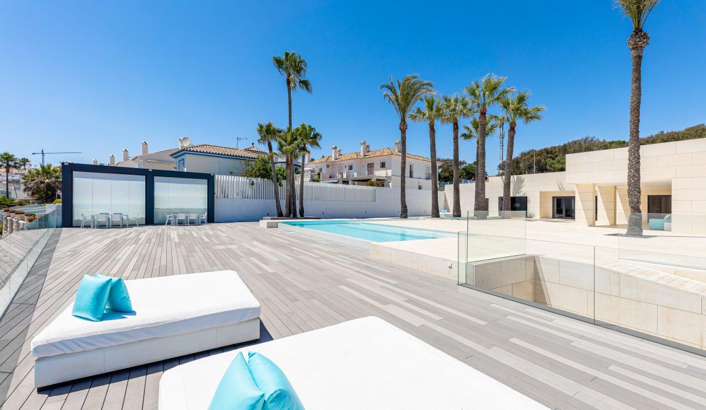 Beachfront Contemporary Villa in Mijas Costa 5