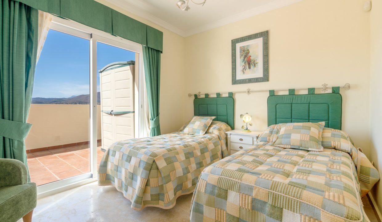 Penthouse in La Cala Hills 04